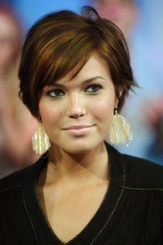 short hairstyles for girls 09