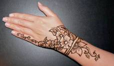 Simple mehndi design for hands 80