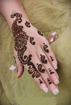Simple mehndi design for hands 84