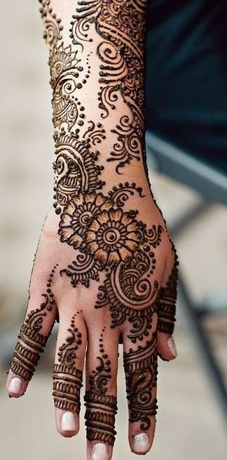 Arabic mehndi designs for full hands 17