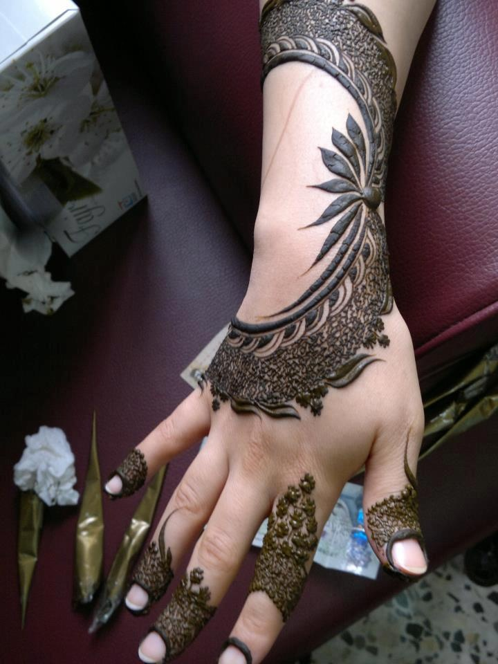 Modern Arabic Mehndi Designs 2014 : Lovely arabic mehndi designs for full hands indian