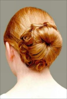 Braid and bun hairstyles for Gurupurab 04