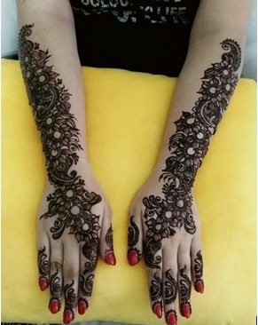 mehendi designs by Nurie 24