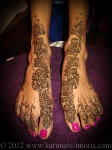 Mehndi design by Karuna 02
