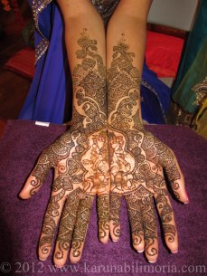 Mehndi design by Karuna 03