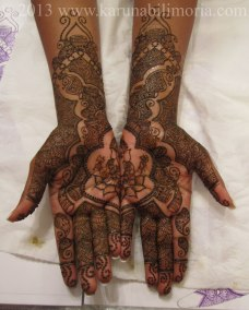 Mehndi design by Karuna 06