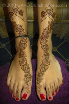 Mehndi design by Karuna 10