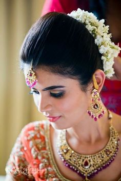 Stupendous 12 Gorgeous Indian Bridal Hairstyles For 2014 Zuri Hairstyle Inspiration Daily Dogsangcom