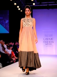 Indo Western fusion dresses 02