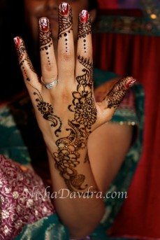 Mehndi design by Nisha 17