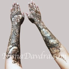 Mehndi design by Nisha 18