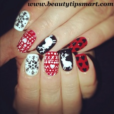 Nail art designs for christmas 11