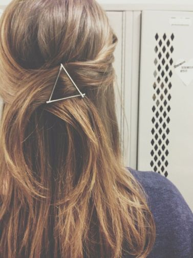 simple hairstyles for long hair 16