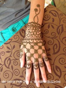 mehndi designs for hands 19