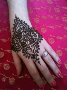 mehndi designs for hands 29