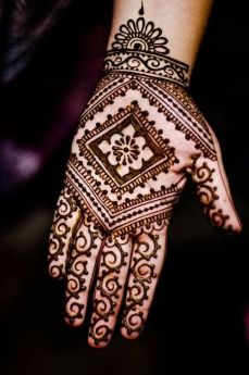 mehndi designs for hands 33