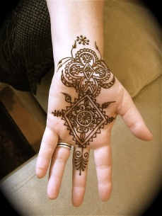 mehndi designs for hands 37