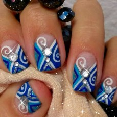 Winter inspired nail art designs 10
