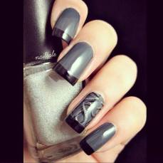 Winter inspired nail art designs 11