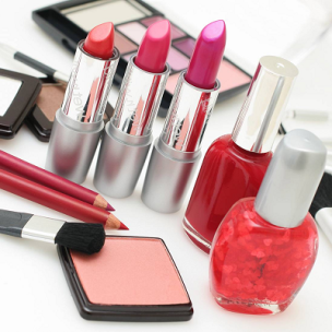 10 Makeup Mistakes you are  Making Everyday 05
