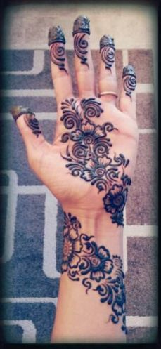 Arabic mehndi designs for bride relatives 14