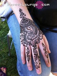 Arabic mehndi designs for bride relatives 16
