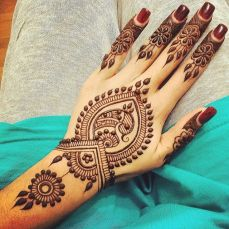Arabic mehndi designs for bride relatives 19