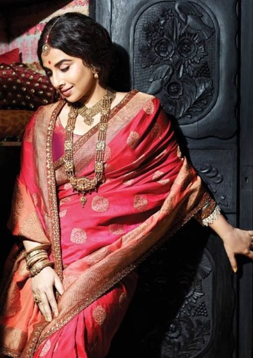 15 Gorgeous Designer Sarees Suitable For A Bengali Bride