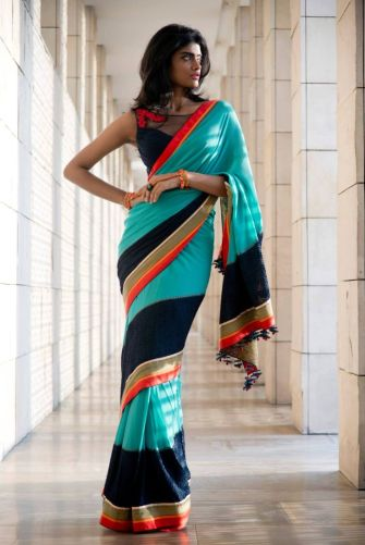 Designer sarees to wear on weddings 08