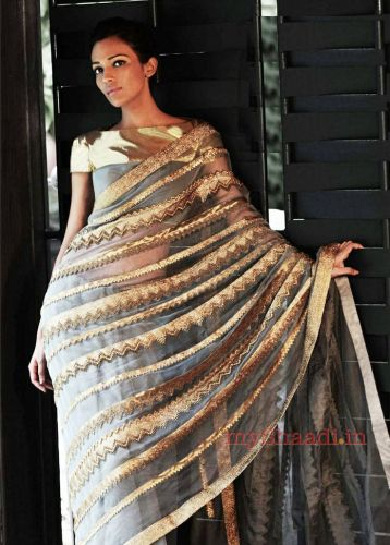 Designer sarees to wear on weddings 09