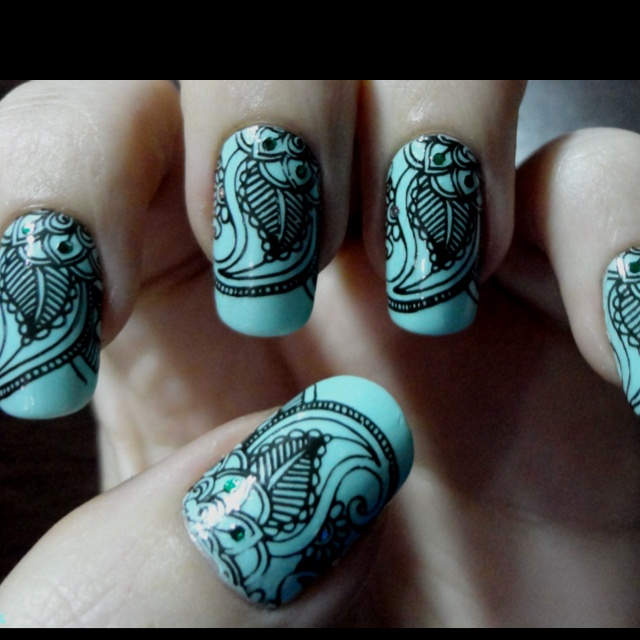 Nail art designs inspired by Indian motifs 07 | Indian Makeup and ...