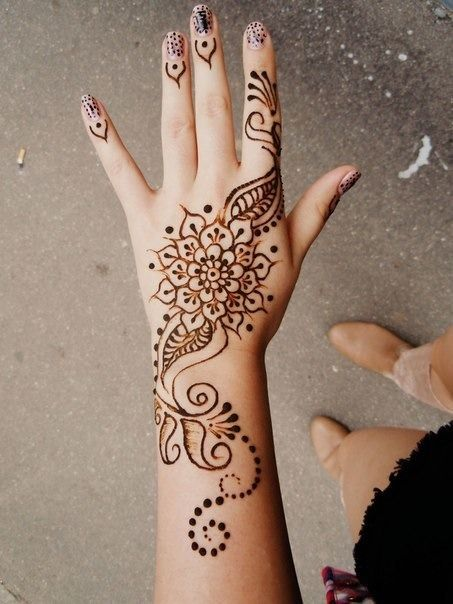 beautiful mehandi designs 25