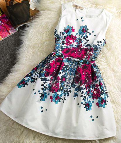Fashionable summer dresses