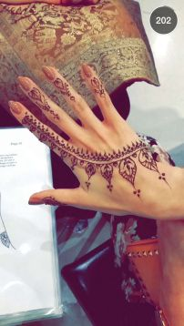 mehndi design for the summer bride 02