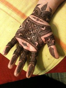 mehndi design for the summer bride 12