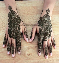 mehndi design for the summer bride 23