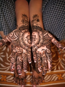 mehndi design for the summer bride 27