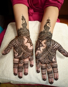 mehndi design for the summer bride 28