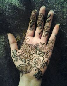mehndi design for the summer bride 34