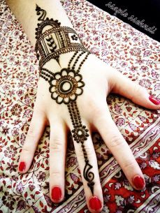 mehndi design for the summer bride 36