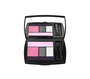 Beauty products makeup kit 03
