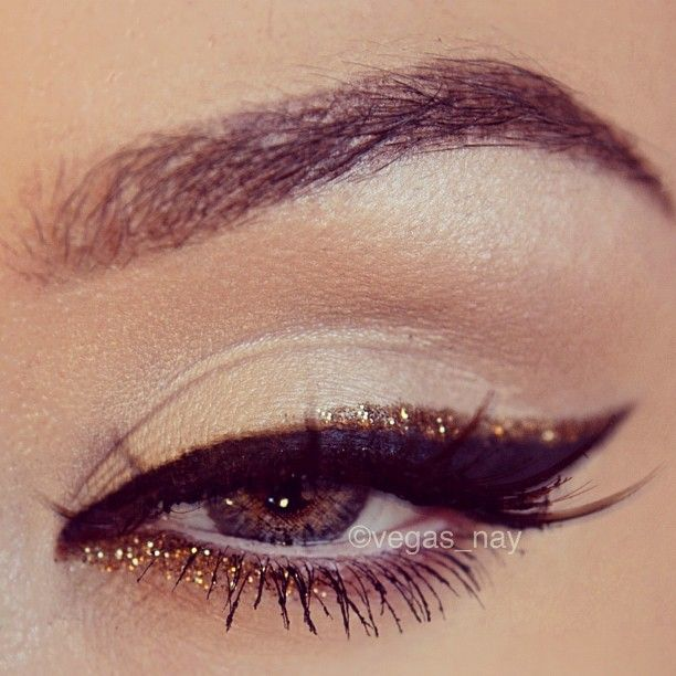 15 Gorgeous Glitter Eye Makeup Tips For Summer Indian Makeup And