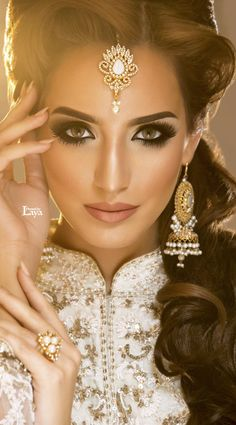 Indian bridal hairstyles 40