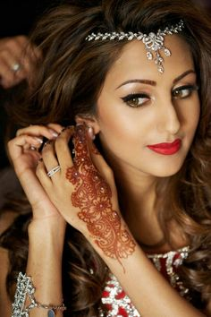 Indian bridal hairstyles 42