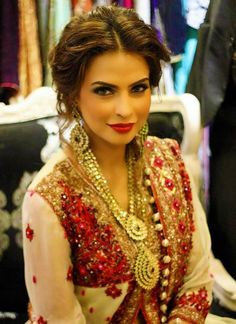 Indian bridal hairstyles 49