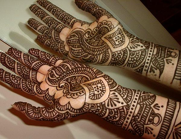 Latest Arabic mehndi design photos 07