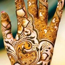 Latest Arabic mehndi design photos 09