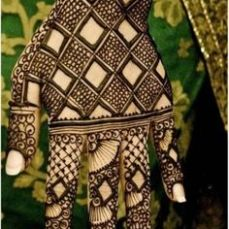 Latest Arabic mehndi design photos 10
