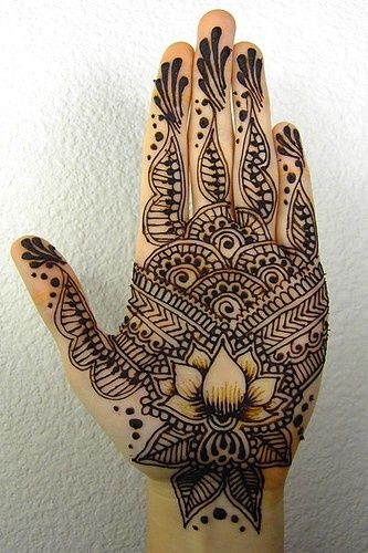 Latest Arabic mehndi design photos 11