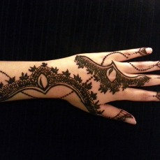 Latest Arabic mehndi design photos 12